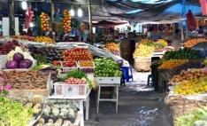 pasar buah dan sayur, berastagi