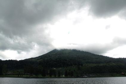 gunung sinabung, taken from danau lau kawar